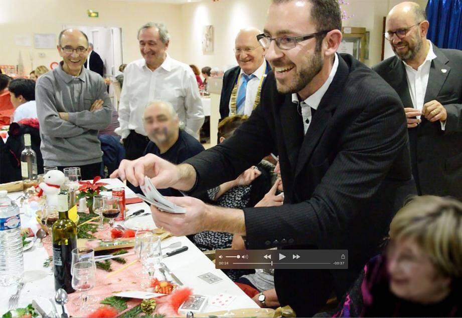 L'an dernier, des membres du Rotary d'Hyères avaient proposé des tours de magie.