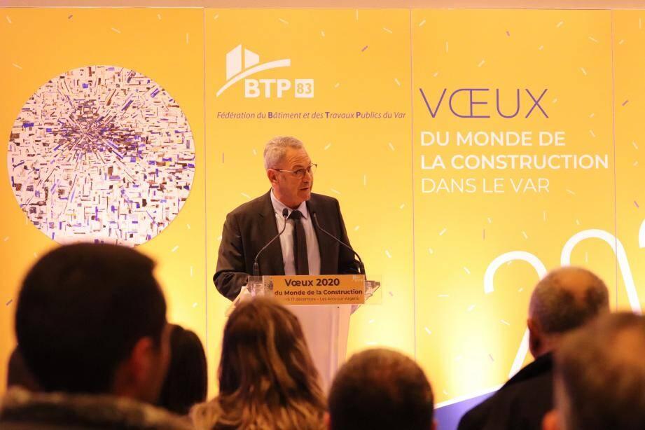 Mardi soir, aux Arcs-sur-Argens, et hier soir, à La Valette, Jean-Jacques Castillon a notamment insisté sur l'importance de la gestion des déchets de chantiers.