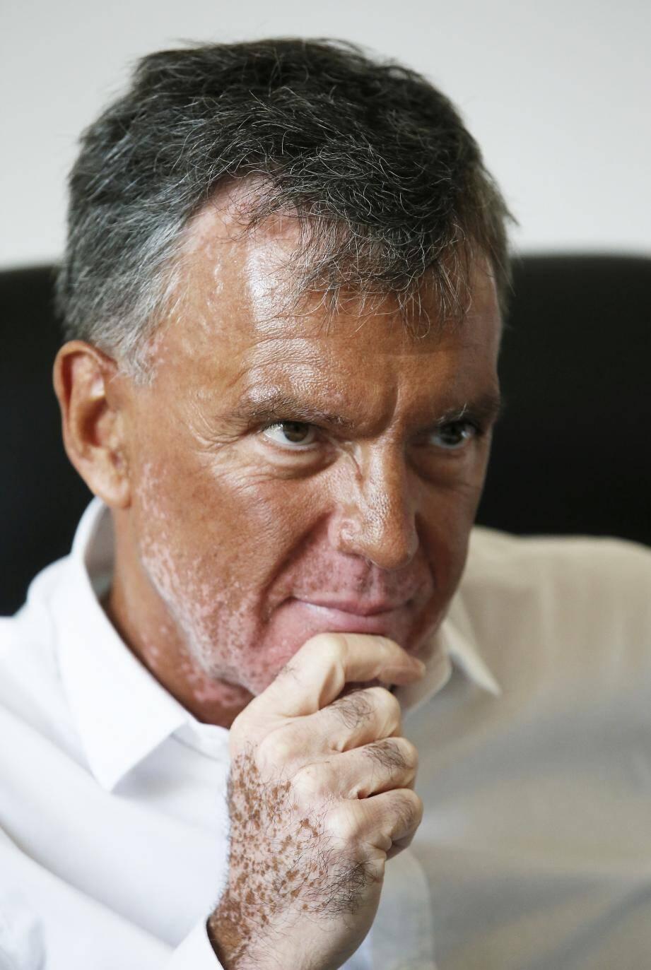 « De 2014 à 2017, lorsque Rachline était sénateur, [Sert] a été le véritable maire de Fréjus », décrypte le patron varois de DLF. Ci-dessous, le maire et son premier adjoint en 2014, complices, au soir de la victoire.