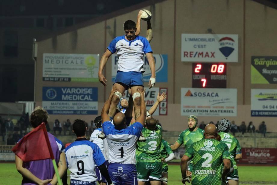 Les rugbymen dracénois ont certes souffert mais ont réussi à préserver l'essentiel.