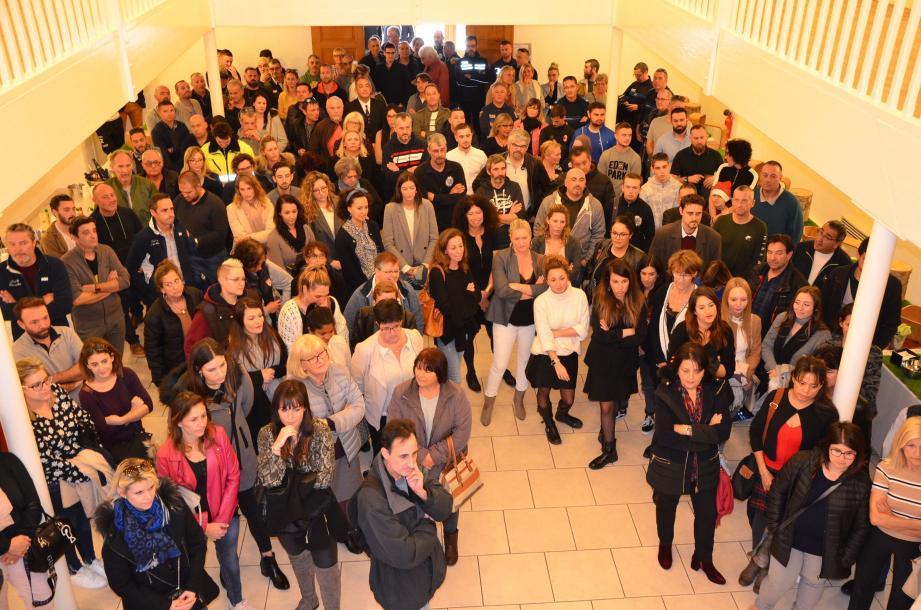 La grande famille des agents communaux s'est réunie pour assister aux vœux.