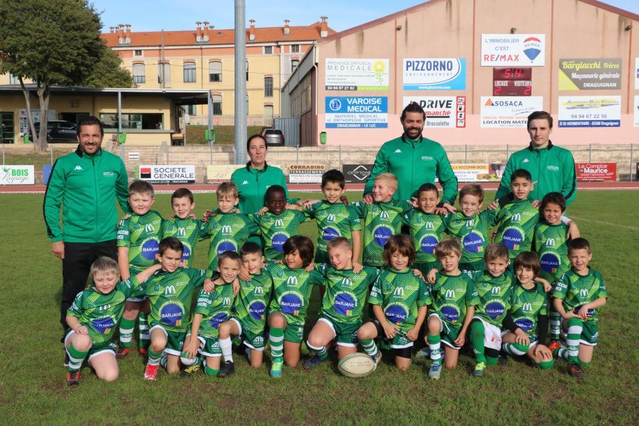 Roulez jeunesse dans toutes les catégories d'âge. Ici, les M8 du Rugby club Draguignan et leurs éducateurs.