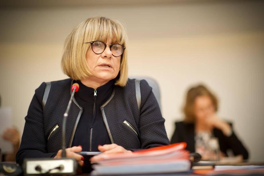Le maire Michelle Salucki.