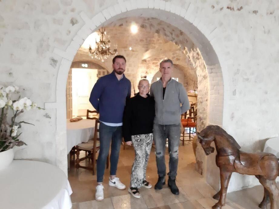 Jean-Noël, Patricia et leur fils Tim, ont repris l'enseigne en famille.
