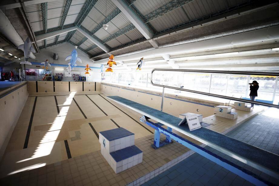 Construite en 1969 et visitée, ce lundi, par Jean Leonetti, président de la Communauté d'agglomération Sophia Antipolis, la piscine de La Colle-sur-Loup va être rénovée, notamment pour satisfaire aux exigences actuelles en matière d'environnement, d'accueil du public et d'accessibilité.