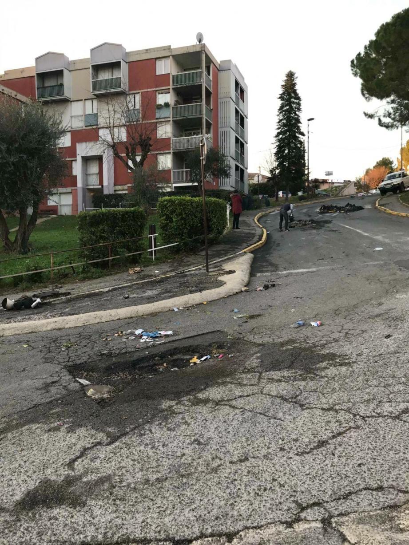 L'accident dans la nuit de vendredi à samedi 21 décembre est à l'origine des incidents survenus aux Fleurs de Grasse, lundi dernier. Ils ont occasionné 28 000 euros de dégâts matériels.(DR)