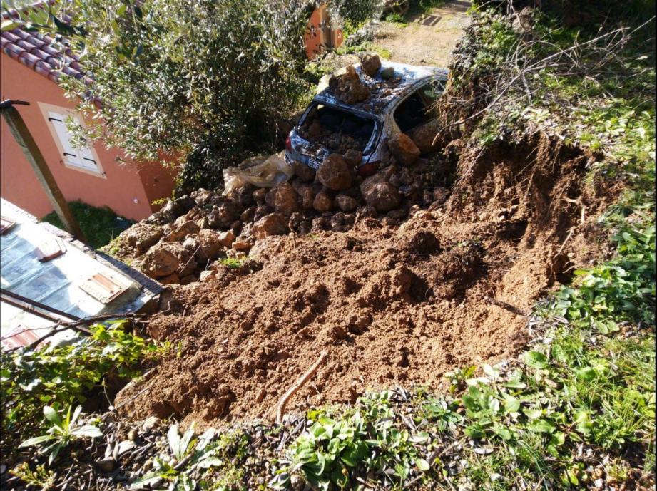 Un exemple des dégâts causés chez des particuliers que les assurances refusent de prendre en charge sans déclaration  de catastrophe naturelle.
