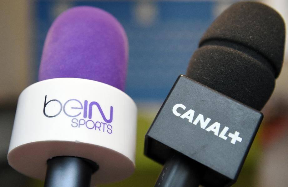 Canal+, qui avait perdu les droits de diffusion de la L1 à partir de la saison 2020 au profit de Mediapro et de BeIN Sports, va pouvoir continuer à diffuser une partie de la compétition, grâce à un important accord qu'il est en train de négocier avec BeIN Sports, a-t-on appris lundi.