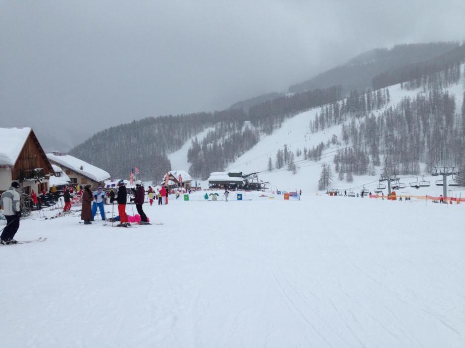 La station d'Auron sous la neige.