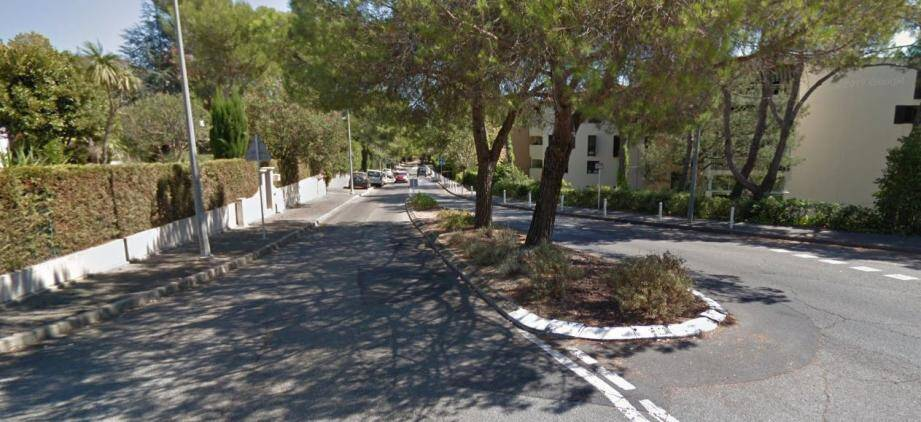 Le boulevard André-Breton à Antibes.