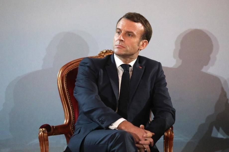 Le président Emmanuel Macron, en visite en Côte d'Ivoire, au palais présidentiel à Abidjan, le 21 décembre 2019