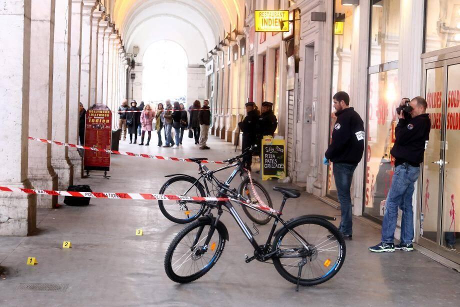 Les trois militaires varois avaient été agressés à l'arme blanche sous les arcades de de la place Masséna.