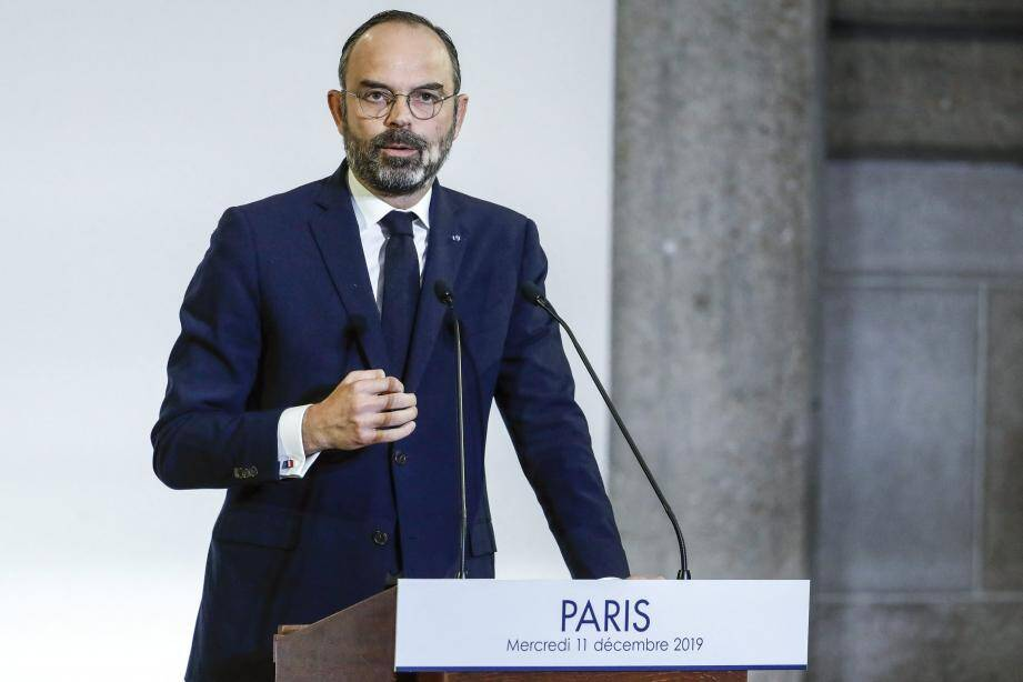 ©THOMAS SAMSON / POOL/EPA/MAXPPP - epa08062287 French Prime Minister Edouard Philippe looks on as he unveils the details of a pension reform plan before the CESE (Economic, Social and Environmental Council), as hundreds of thousands of people demonstrated the day before on the sixth day of a general strike, in Paris, France, 11 December 2019.  EPA-EFE/THOMAS SAMSON / POOL  MAXPPP OUT