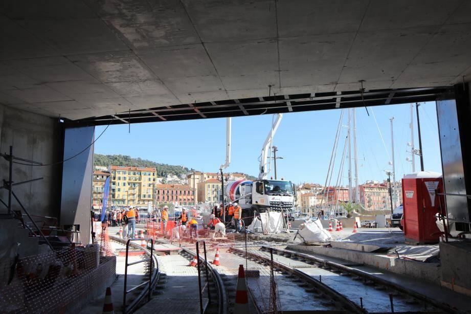 Le bout du tunnel, côté port de Nice, le 8 octobre.