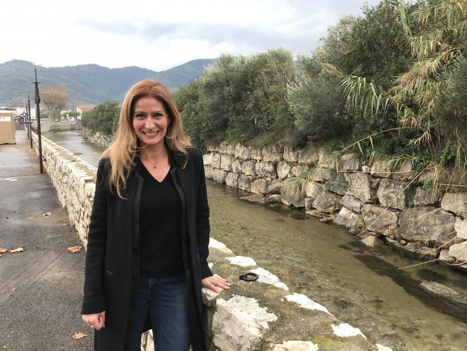 Florence Simon présente une liste apolitique aux élections municipales de Pégomas.