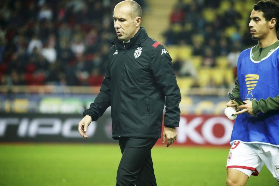 L'entraîneur de l'ASM Leonardo Jardim conspué par les supporters de Monaco.
