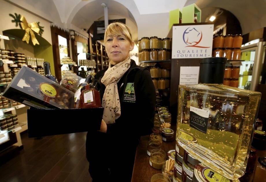 Au Pays du Citron propose des terrines, alcools, chocolats et autres confitures à base de Citrons de Menton.