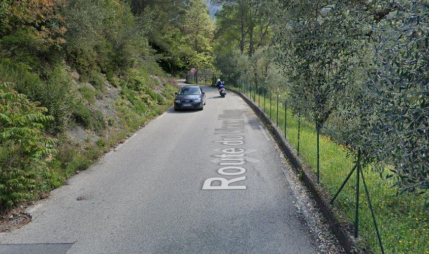La RD 121 ou route du vieux village, était coupée à la circulation ce jeudi. Elle a été rouverte dans la matinée.