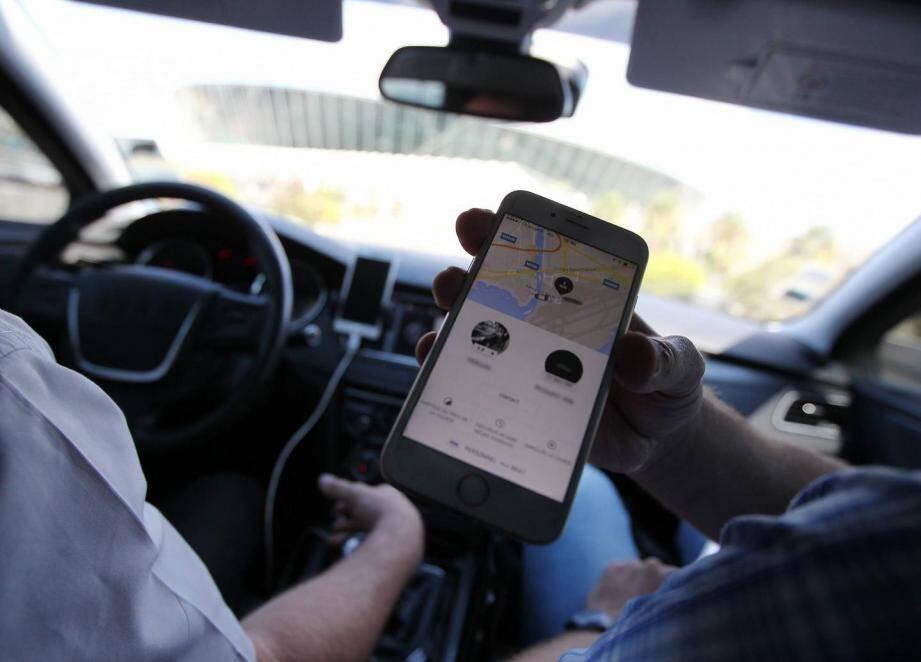 Le service de chauffeurs Uber. Illustration.