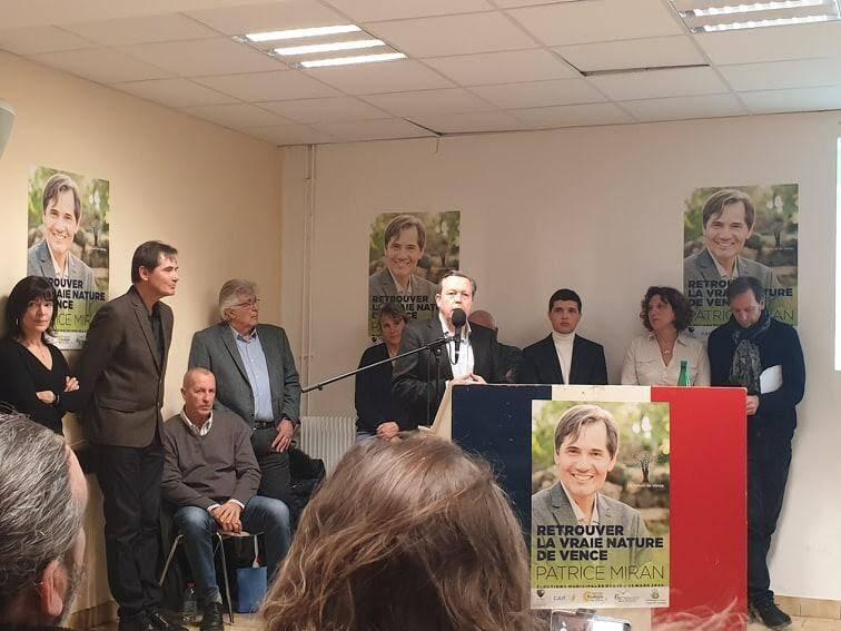 Patrice Miran, candidat « Alliance écologiste indépendante » a mis en avant ses futurs adjoints, en cas de victoire à l'élection municipale.