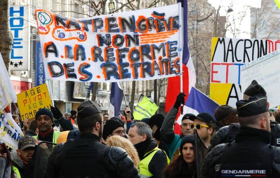 Manifestation à Paris contre la réforme des retraites, le 4 janvier 2020