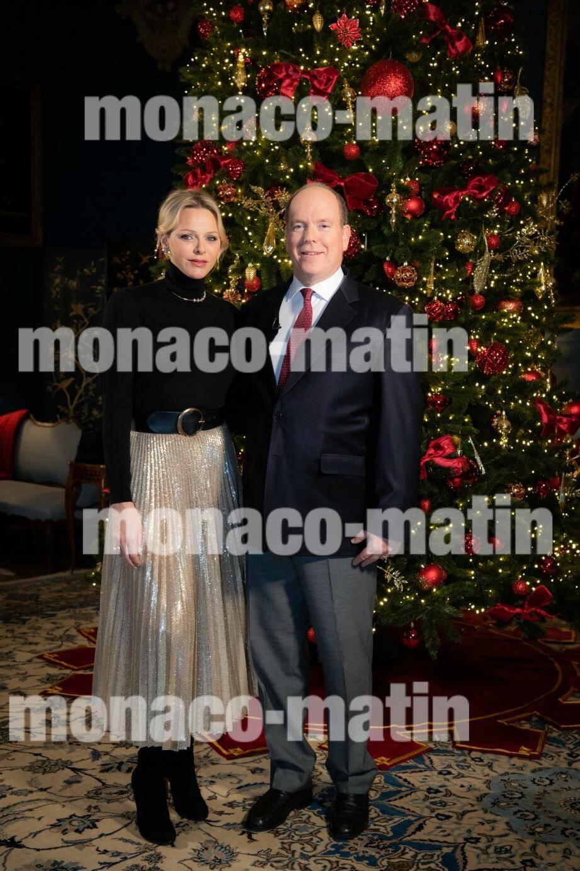 Le couple princier a adressé ses vœux depuis la Salle des Gardes du Palais princier.