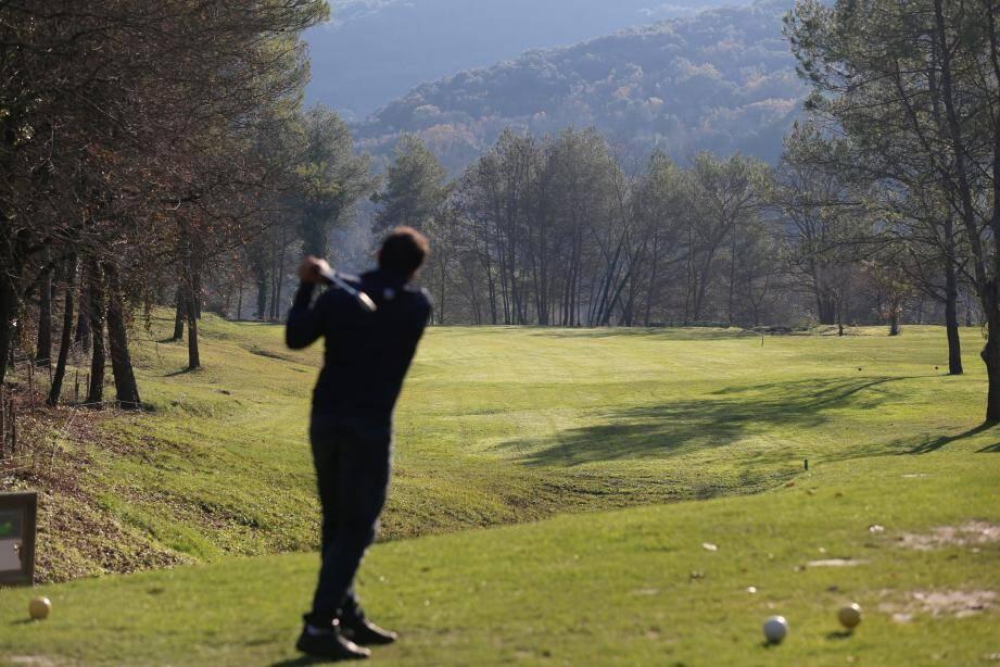 Le golf de la Vanade, à Villeneuve-Loubet, renaît de ses cendres.