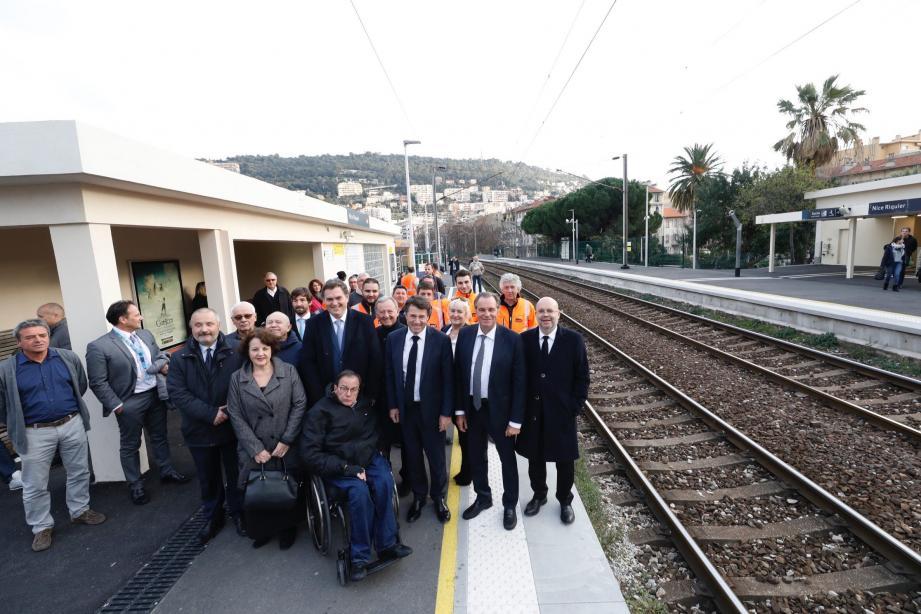 Lundi, Région, Département, Métropole et SNCF ont célébré la fin de la réhabilitation de la gare et de ses alentours.