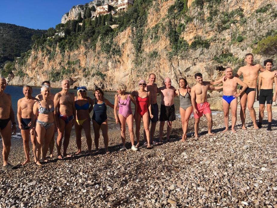 Le groupe des courageux baigneurs fluctue d'année en année, même si on retrouve un noyau dur fidèle.