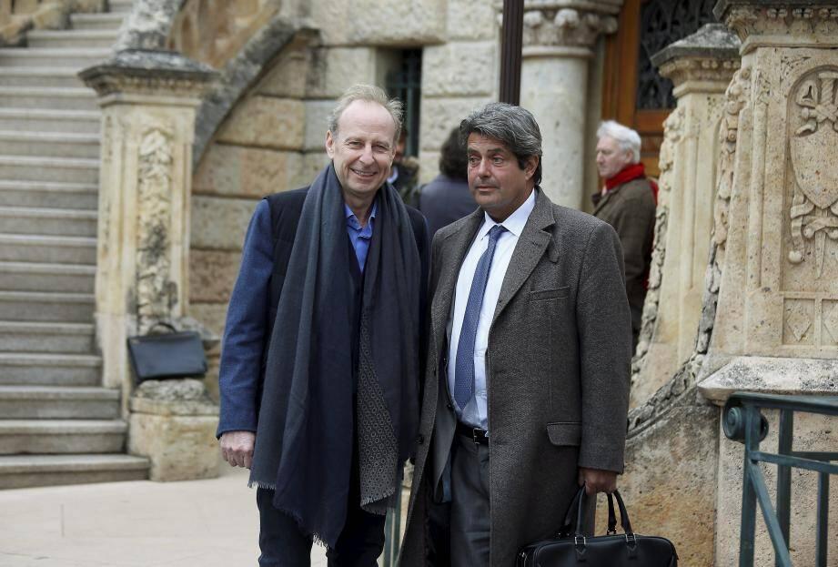Yves Bouvier, très détendu en arrivant au tribunal, ici avec son avocat monégasque Frank Michel.