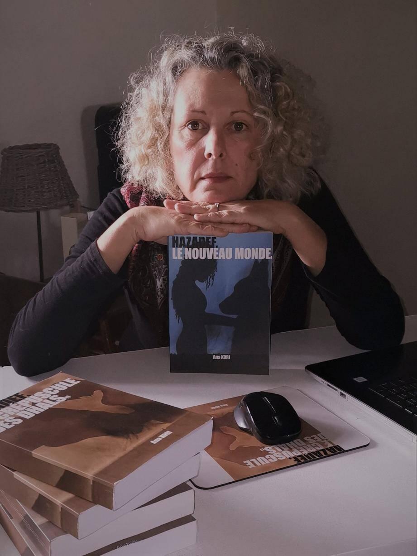 Ana Kori matérialise ses rêves dans des romans à valeur de saga. (DR)