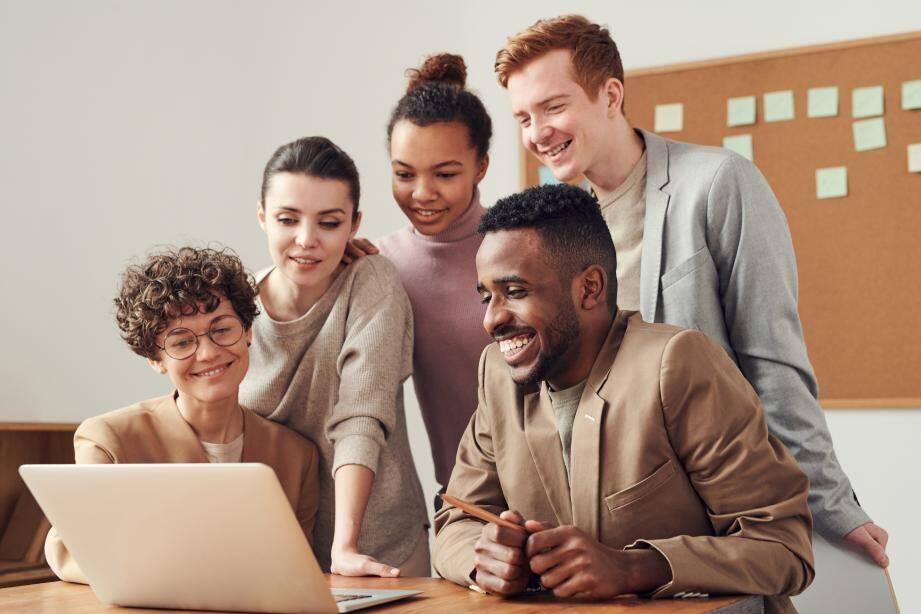 Un bon relationnel est le premier critère des salariés à 95 % !