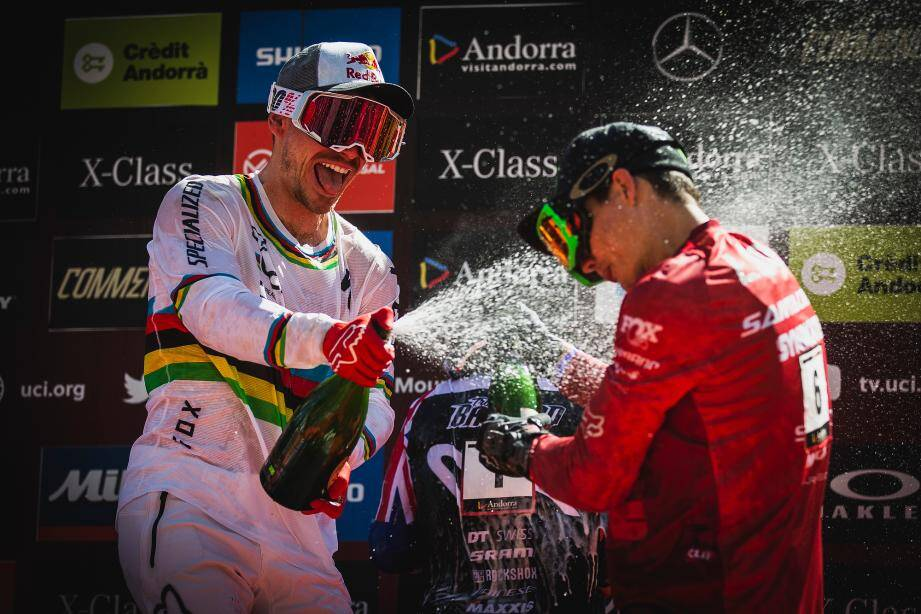 Les deux Cagnois Loic Bruni et Loris Vergier ont été deux des principaux protagonistes de la coupe du monde de descente 2019. Le premier y a remporté trois manches, le général, ainsi que les championnats du monde. En 2020 encore, il faudra le suivre de près et se préparer à les voir sabrer le champagne.