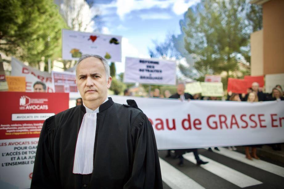 Fabrice Maurel, le bâtonnier de Grasse, et les avocats ont bloqué le palais de justice hier encore.