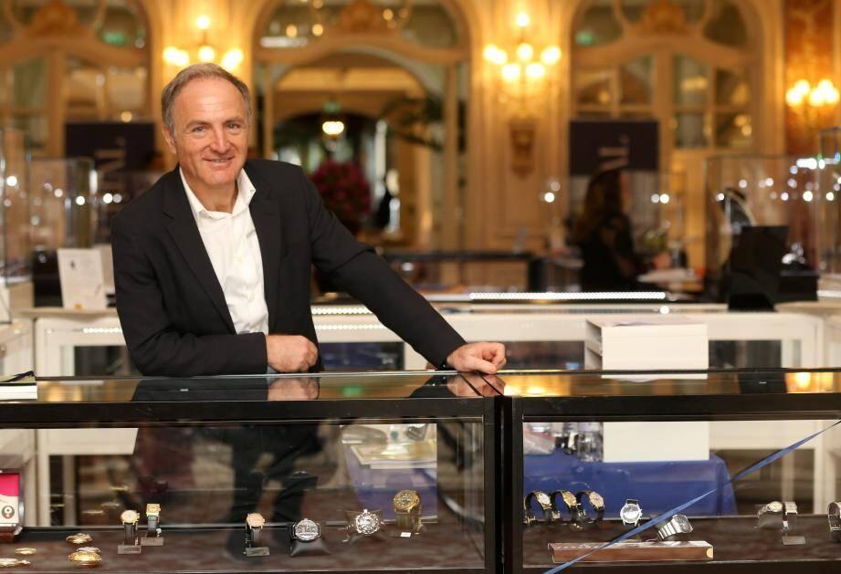 Nicolas Orlowski, patron du groupe Artcurial, assistait aux ventes aux enchères à l'Hermitage hier.