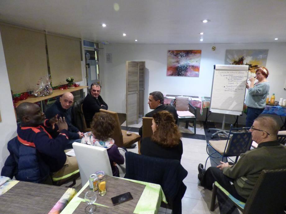 Le premier atelier a tourné autour de la construction du projet de la liste menée par Nathalie Audin.