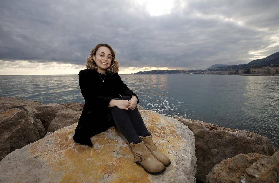 Dans le livre 2050, une mer dans l'océan, les marins bretons découvrent une mer de détritus. Lutins, fées, sirènes voient leur monde magique disparaître petit à petit...