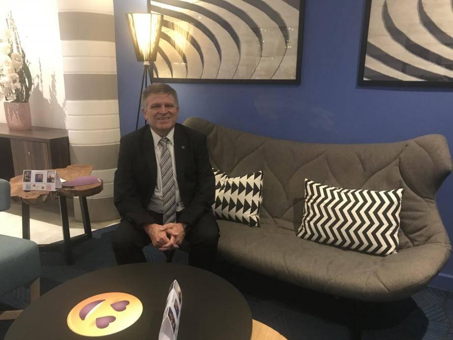 Alain Bertholom, président de la Fédération française de lutte, a fait le déplacement à Nice pour assister au Challenge Deglane.