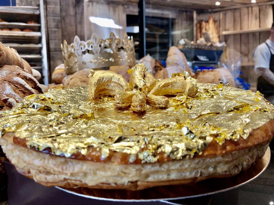 Feuille d'or sur feuilletage doré, cette galette est sans doute la plus chère du monde!