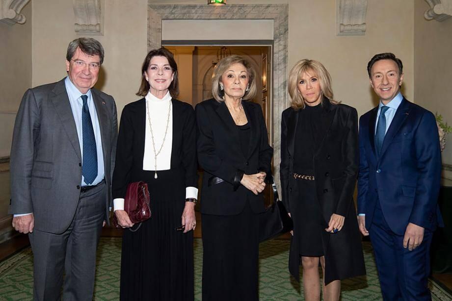 La princesse de Hanovre et la Première dame, Brigitte Macron ont remis les prix de la fondation au cours d'une cérémonie à l'Institut de France.
