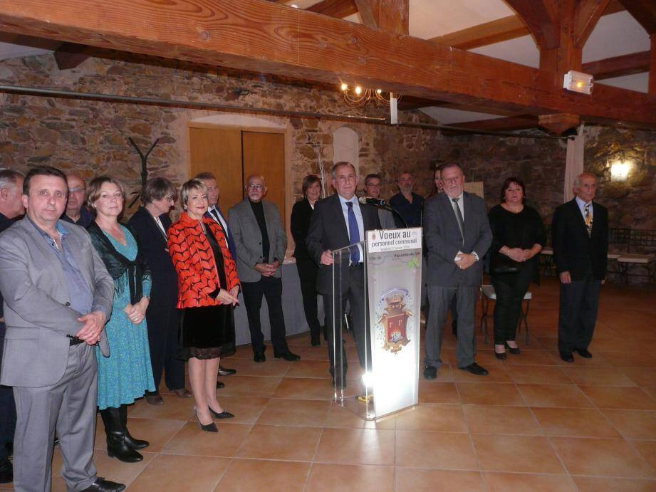 Entouré du conseil municipal, Jean-Bernard Kiston a dressé le bilan de sa délégation.