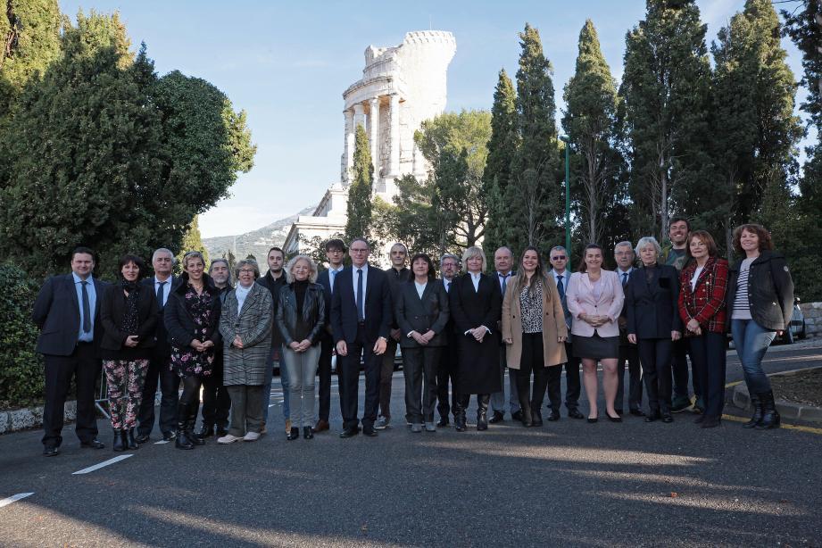 L'équipe de « La Turbie, c'est vous », réunie autour du maire sortant, Jean-Jacques Raffaele.(DR)