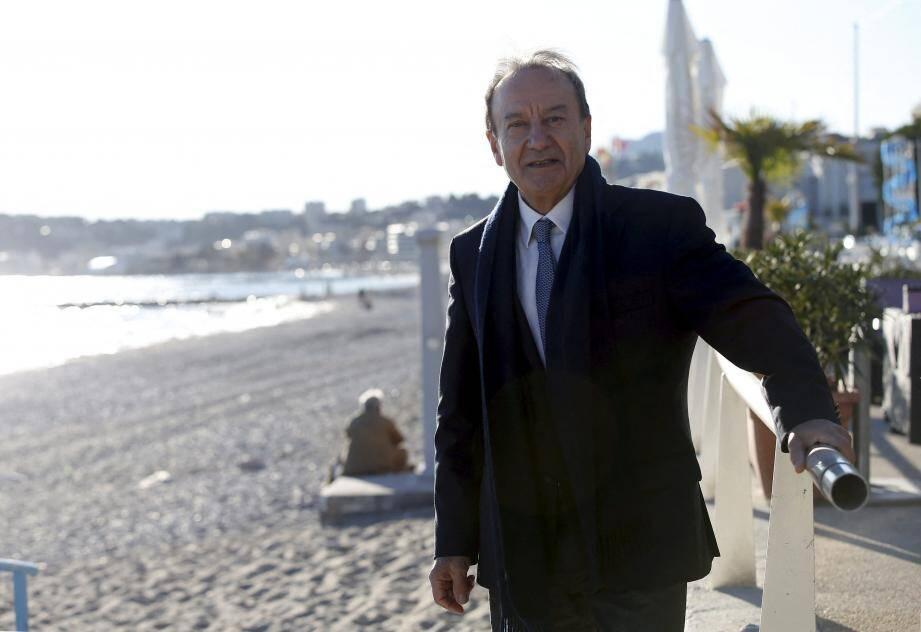 P. Cesari veut être le maire de tous les Roquebrunois.(PhotoJ.-F.O.)