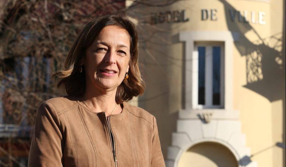 La première adjointe, Isabelle Martello, estime que la sortie de Jean-Paul Audoli est pilotée par le RN.