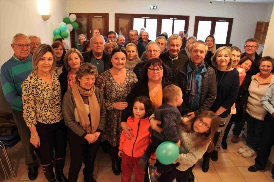 Aux côtés de Denise Leiboff, Alexandra Valetta-Ardisson, députée de la 4e circonscription, Gilbert Martinelli, maire de Pierlas, Roger Ciais, maire de Touët-sur-Var, Jean-Marie Aubert, maire de Thiery et Gérard Steppel, maire de Marie.