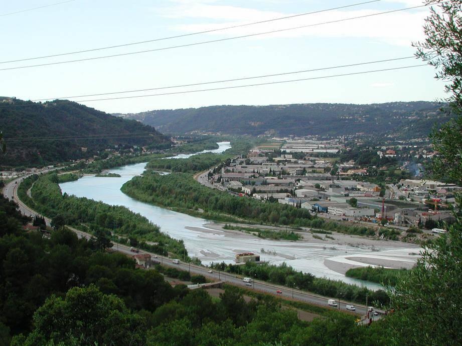 Quatre trajets supplémentaires seront proposés, dès lundi, entre Nice et la zone industrielle de Carros.