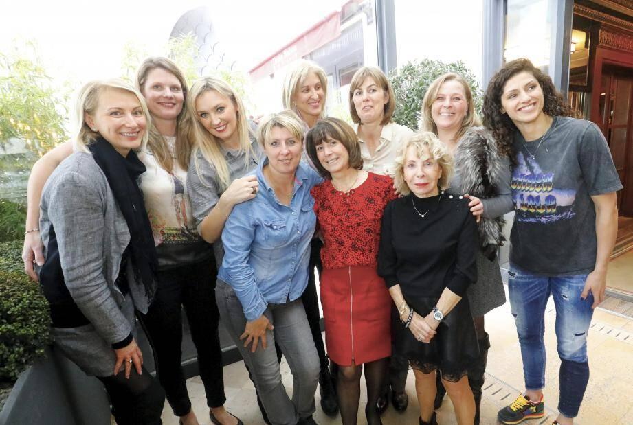Des souvenirs à gogo pour les anciennes du RC Cannes !