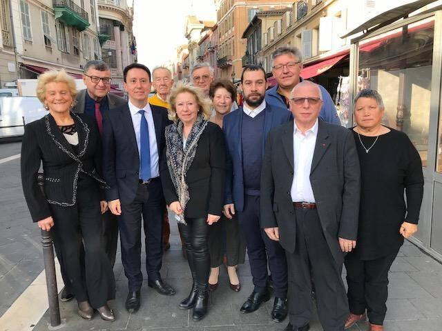 Les cadres départementaux du MRSL réunis à Nice autour de leur président azuréen, Hervé Cael (cravate bleue).