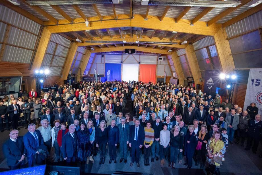 Le président du Département a présenté ses vœux dans son fief de Valberg, hier soir, en présence du préfet Bernard Gonzalez et de nombreux élus.(DR)