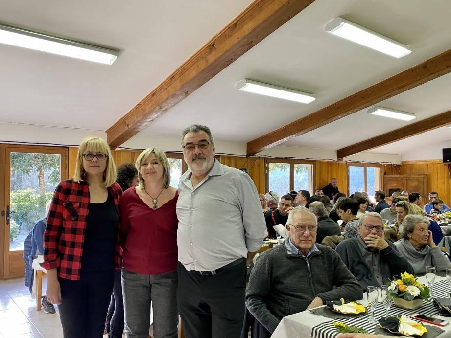 À centre, Murielle Molinari, maire de Tournefort, conseillère métropolitaine entourée de Patricia Ferrero et Jean-Marie Brillard.